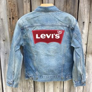 NWT Levi's Ex Boyfriend Trucker Jacket Red Tag XS